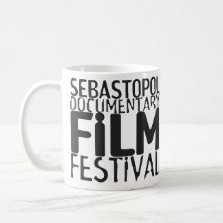 De Mok van de Koffie van Doc. Fest van Sebastopol