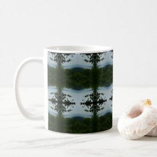 De Mok van de Koffie van het Uitzicht van het meer