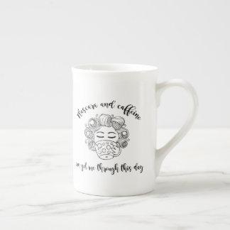 De Mok van de mascara en van de Cafeïne