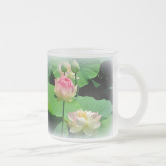 De mooie Bloem van Lotus & Knop Berijpt Glas Matglas Koffiemok