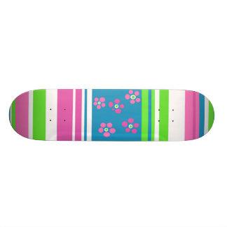 De mooie Meisjes rijden 1 door Hannah met een Skate Deck