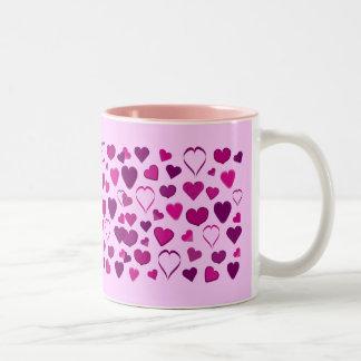 De mooie roze & lila mok van cartoonharten