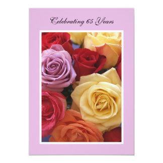 de Mooie Rozen van de 65ste van de Verjaardag 12,7x17,8 Uitnodiging Kaart