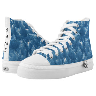 de mooie verse blauwe foto van ijskristallen high top schoenen