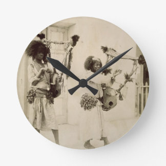 De Musici van Nubian (sepia foto) Ronde Klok