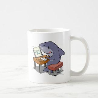 De muziek van de haai koffiemok