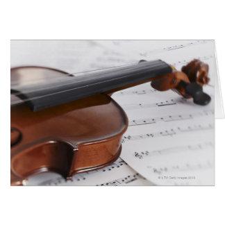 De muziek van de viool en van het blad wenskaart
