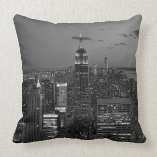 De nachthorizon van de Stad van New York Sierkussen