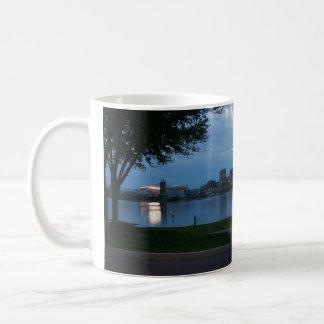 De Nagloeiing van Cincinnati Koffiemok