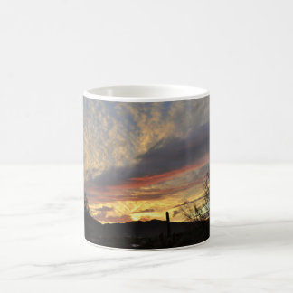 De nieuwe Kop van de Koffie van de Zonsondergang