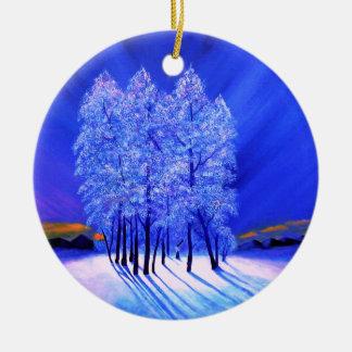 De noordelijke Bomen van de Sneeuw van Kerstmis Rond Keramisch Ornament