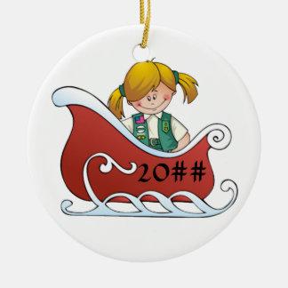 De ondergeschikte Blonde van de Slee Rond Keramisch Ornament