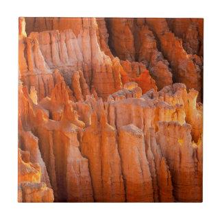 De Ongeluksboden van de rots in het Licht van de O Keramisch Tegeltje
