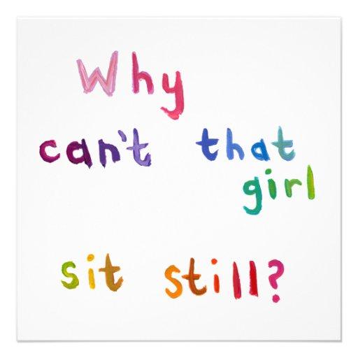De onrustige meisjes kunnen geen dingen nog zitten persoonlijke aankondiging