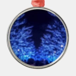 De onscherpe Verlichting van de Winter Zilverkleurig Rond Ornament