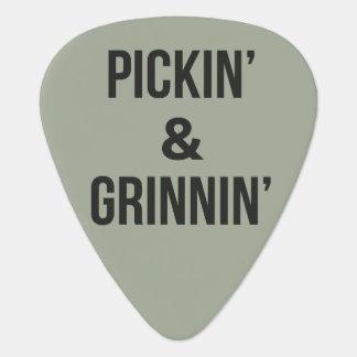 De Oogst van Pickin en van de Gitaar Grinnin Plectrum