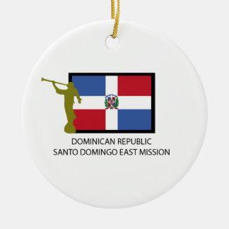 DE OPDRACHT LDS VAN HET OOSTEN VAN SANTO DOMINGO ROND KERAMISCH ORNAMENT