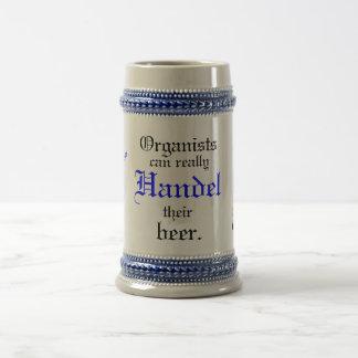 De organisten kunnen werkelijk Handel hun bier! Bierpul
