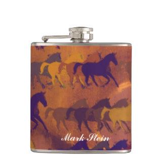 de paarden van de kleurenwisky heupfles