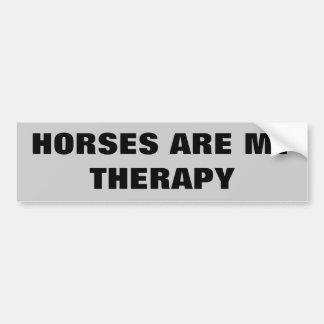 De paarden zijn Mijn Therepy - de Aanhangwagen van Bumpersticker