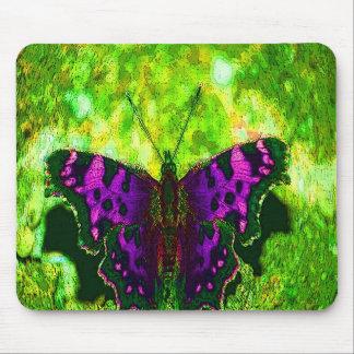 De paarse Achtergrond van de Vlinder op de Groene  Muismat