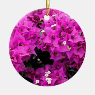 De paarse Fuchsiakleurig Achtergrond van Rond Keramisch Ornament