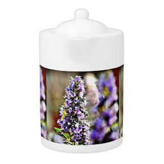 De paarse Pot van de Thee van Bloemen