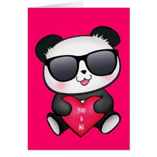 De panda draagt de Kaart van de Valentijnsdag