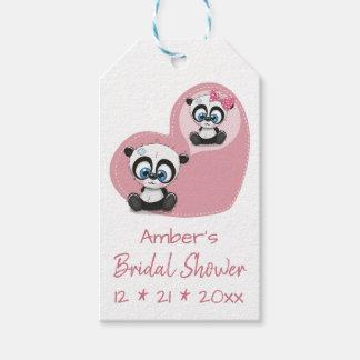 De Panda van het vrijgezellenfeest draagt de Roze Cadeaulabel