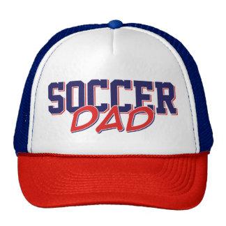 De papapet van het voetbal trucker cap