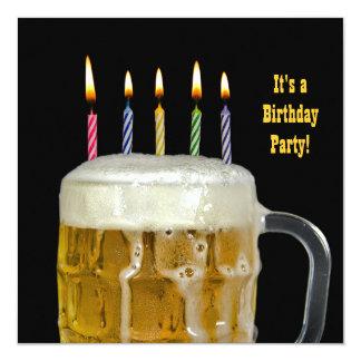 De Partij van het Bier van de verjaardag 13,3x13,3 Vierkante Uitnodiging Kaart