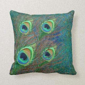 De pauw bevedert kleurrijk patroonkussen sierkussen