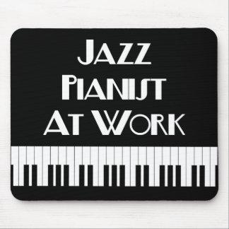 De Pianist van de jazz bij de Sleutels van het Muismatten