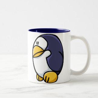 De Pinguïn van de cartoon Tweekleurige Koffiemok