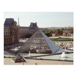 De Piramide van het Louvre Briefkaart