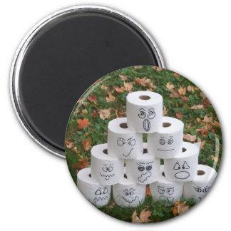 De Piramide van het toiletpapier Magneet
