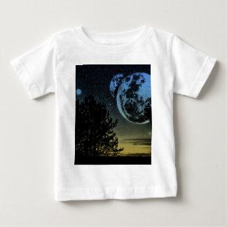 De planeet van de fantasie baby t shirts