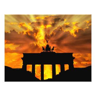 De Poort van Brandenburger bij zonsondergang, Flyer 21,6 X 27,9 Cm