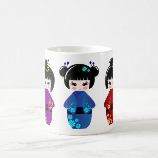 De poppen van Kokeshi Koffiemok