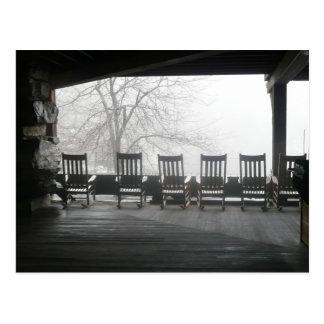 De portiek van de schommelstoel met een mooi briefkaart