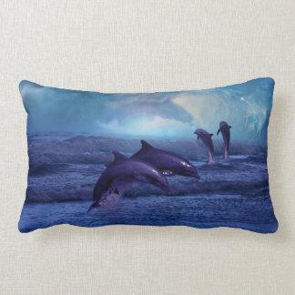De pret en het spel van dolfijnen lumbar kussen