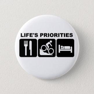 De prioriteiten van het leven, het biking ronde button 5,7 cm