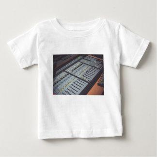 De pro AudioStudio van de Muziek van de Console Baby T Shirts
