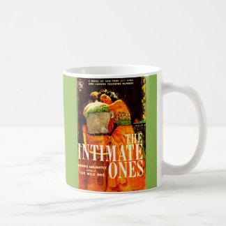de pulp nieuwe dekking van 1960 de Vertrouwelijke Koffiemok
