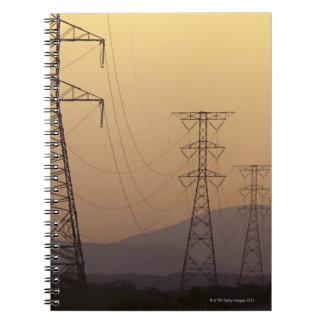 De pylonen van de elektriciteit notitieboek