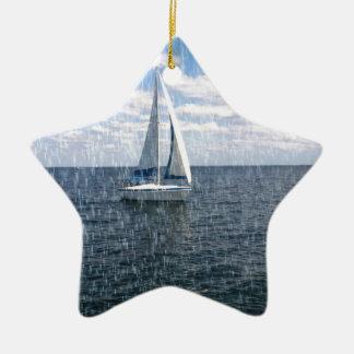 De regenachtige Boot van het Zeil Keramisch Ster Ornament