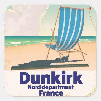 De reisposter van het Strand van Dunkirk Vierkante Sticker