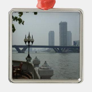 De Rivier van Bangkok Thailand Chao Phraya Zilverkleurig Vierkant Ornament