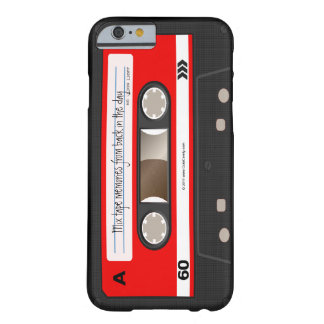 De rode Retro Band van de Cassette personaliseerde Barely There iPhone 6 Hoesje
