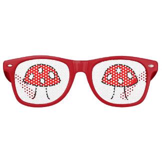 De rode Schaduwen van de Partij van de Paddestoel Retro Zonnebril